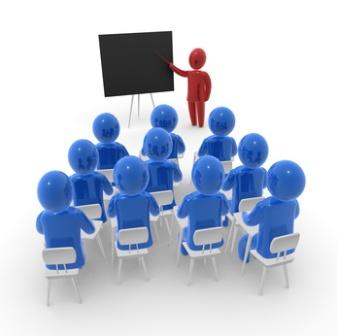 Grupo de personas en un curso de formación para la adopción